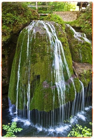 Cascada si Izbucul Bigar